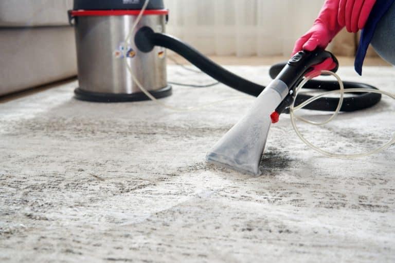 מחיר ניקוי שטיחים וריפודים