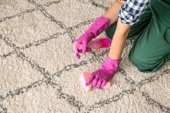 מחיר ניקוי שטיחים בגדרה