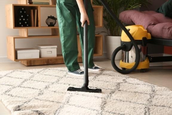 מחיר ניקוי שטיחים בהרצליה