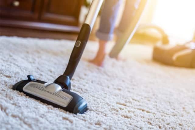 מחיר ניקוי שטיחים בראש העין
