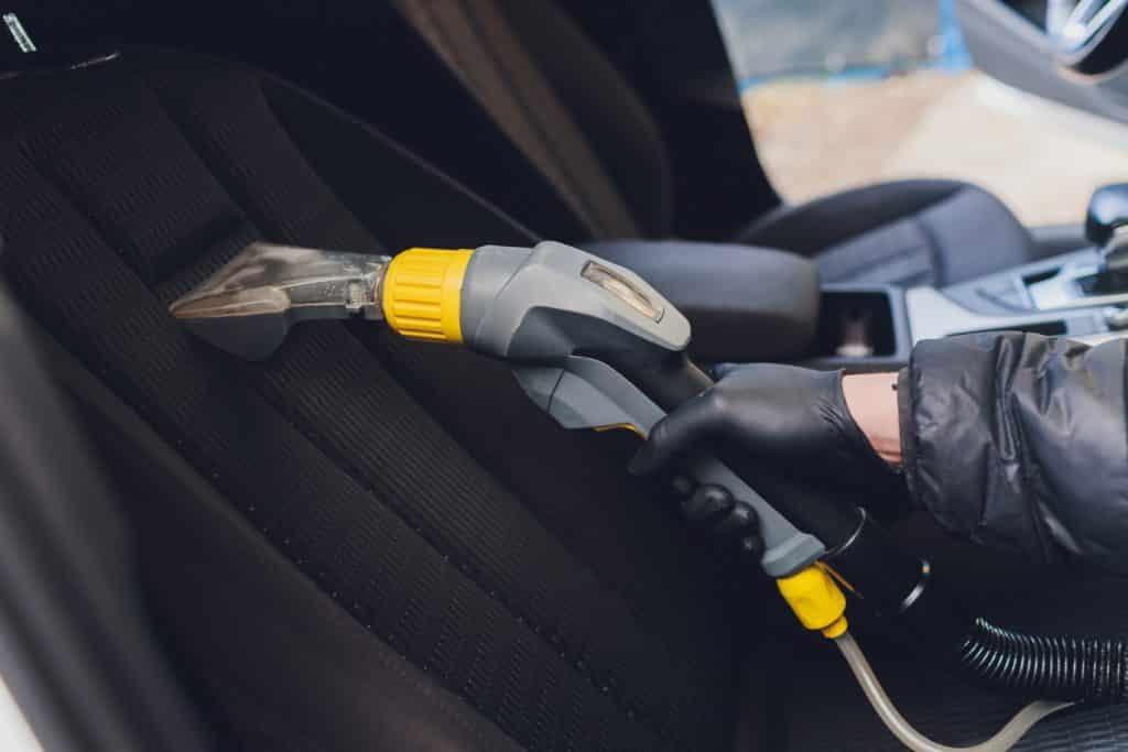 שטיפת ריפודים לרכב מומלץ